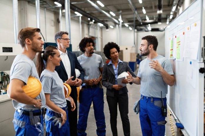 7 Tips for Recruiting and Retaining Warehouse Workers - training magazine